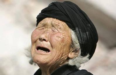 Cinta Kasih Seorang Nenek Kepada Cucunya